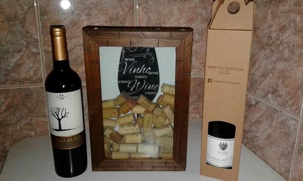 Caixa de papelão para vinho personalizada