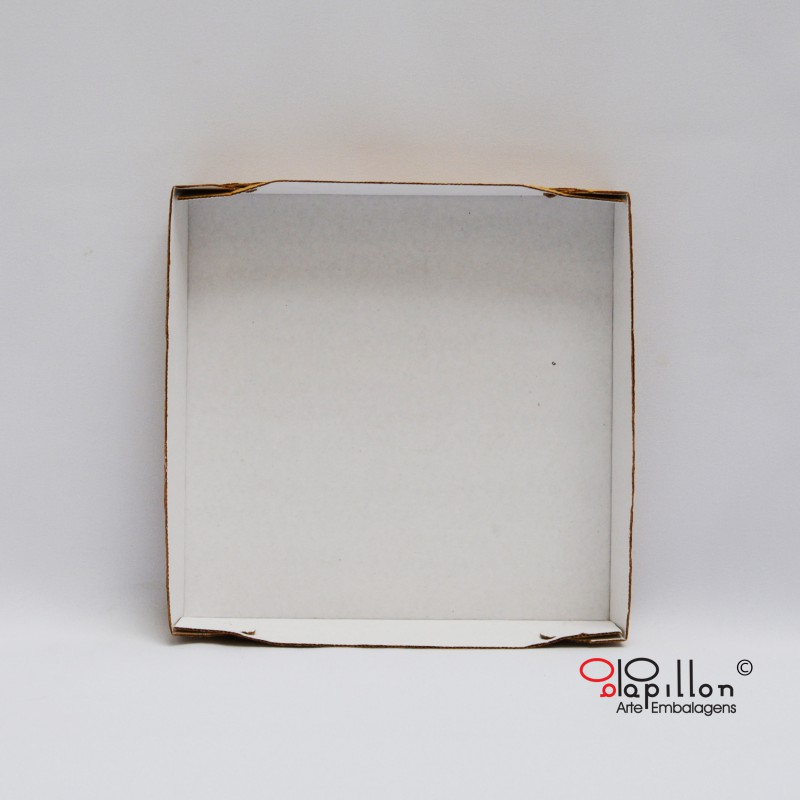 Fundo branco para caixa de 2 pedaços